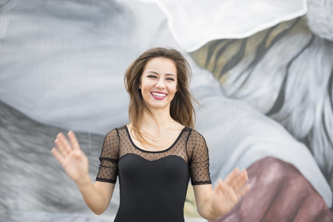 Sabrina Alexis, una hermosa modelo que encanta por su sensualidad angeli...
