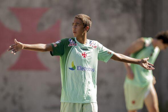 Como su famoso padre, Romarinho utiliza el uniforme 11, habrá que ver si...