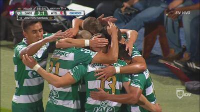 Cae el tercero para Santos, Jonathan Rodríguez pone el esférico al fondo de las redes