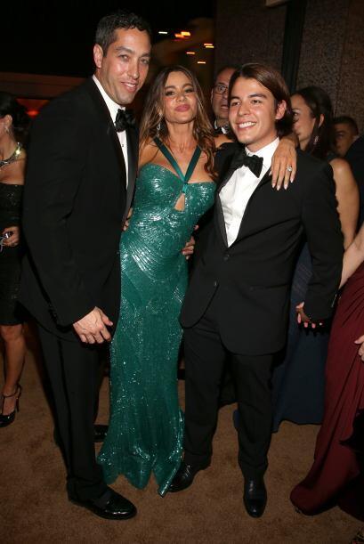Aquí con sus dos hombres, Nick y su hijo Manolo. Mira aquí...
