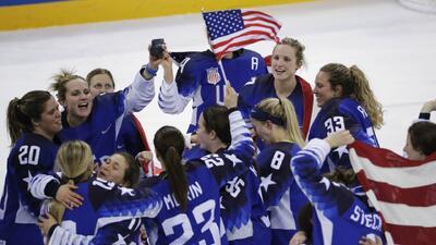 Estados Unidos ganó su primer oro en hockey femenil del siglo XXI.