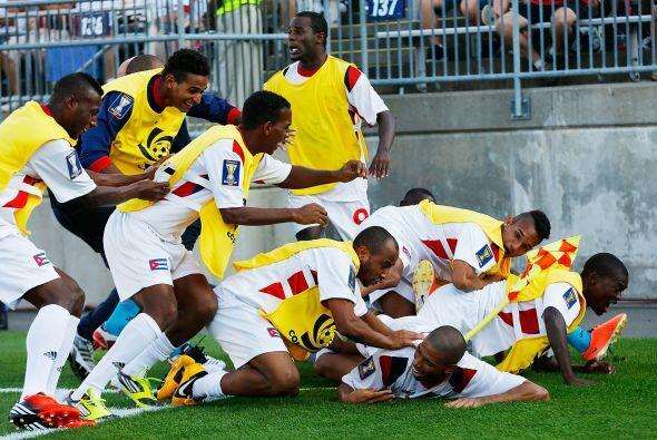 El fútbol cubano ha dejado buenas sensaciones en esta Copa Oro, al darle...