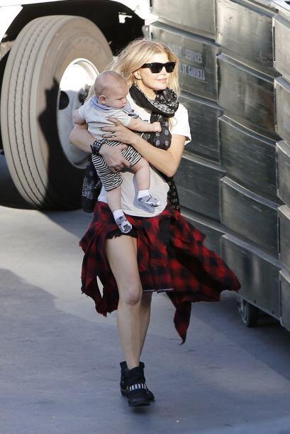 La maternidad sienta bien y para muestras tenemos a Fergie.Mira aqu&iacu...
