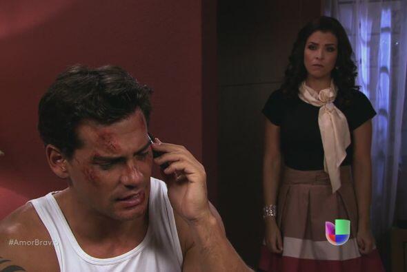 Miriam escucha la conversación. Sabe que Daniel ha mentido. ¿Por qué MI...