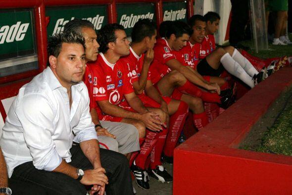 Un caso similar ocurrió en el Clausura 2008 cuando Antonio Mohamed, hoy...
