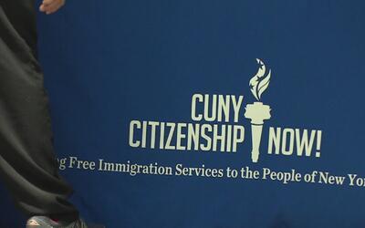 Universidad de Cuny y Univision 41 se unen para asesorar a personas que...