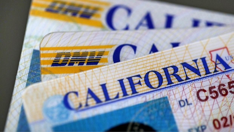 En las licencias de manejo de California se definirá el género del porta...