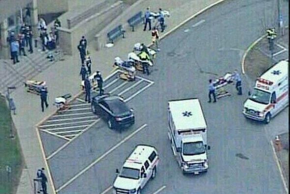 9 abril de 2014 .- Al menos 20 personasresultaron heridas en un ataque...
