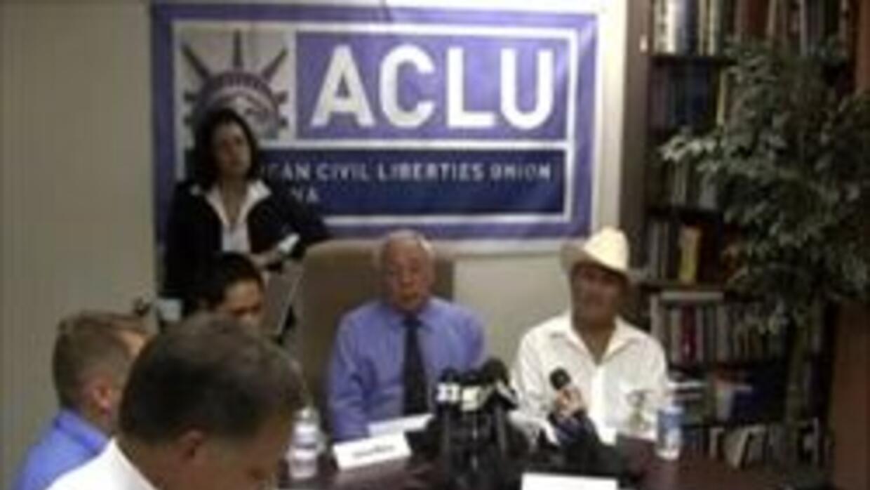 Rep. de ACLU y los demandantes enfrentan la prensa