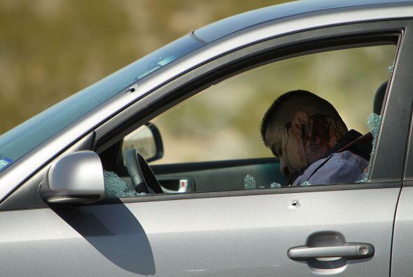 Cuerpos sin vida en autos baleados, en las calles y en estacionamientos...