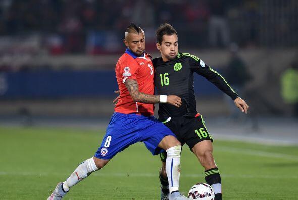 16.- Adrián Aldrete- El lateral mexicano volvió a demostrar buen nivel e...