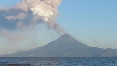 El volcán Momotombo erupciona después de 110 años
