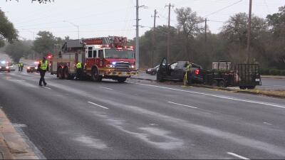 Mujer muere en un accidente automovilístico en Austin