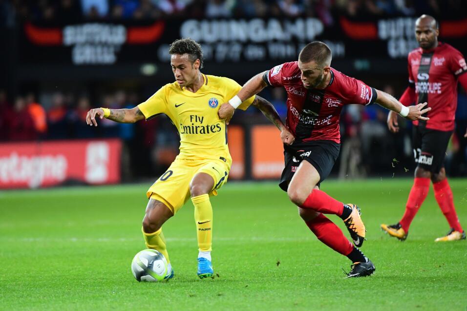 Neymar tuvo debut de ensueño en triunfo del PSG GettyImages-831100916.jpg