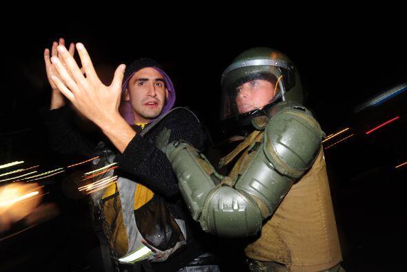 Las manifestaciones también se realizaron en diferentes ciudades como: V...