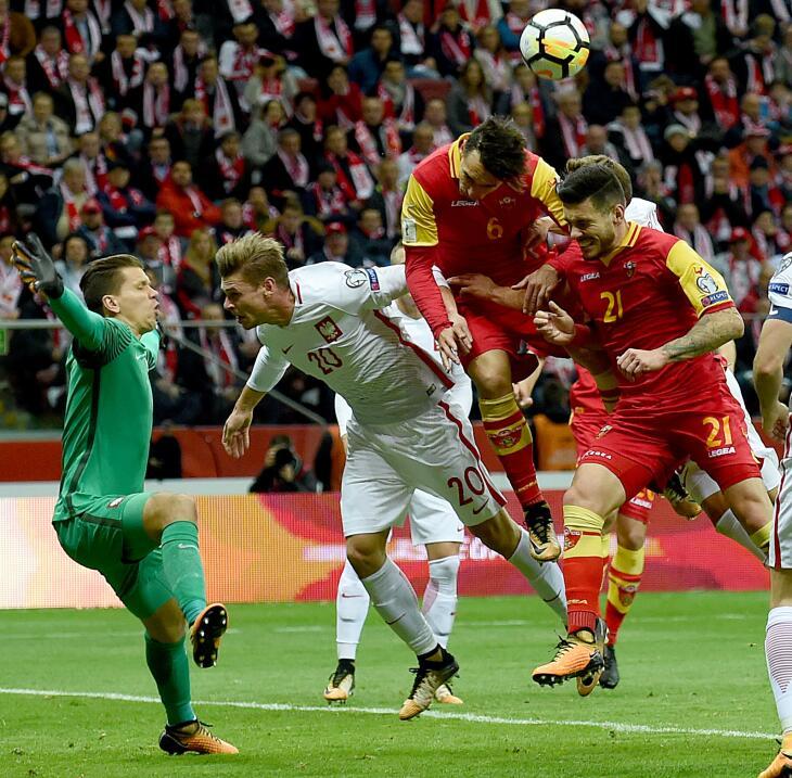 Polonia empató con Uruguay en amistoso gettyimages-859031126.jpg