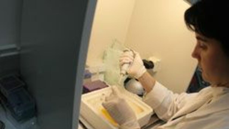 En LA, miles de muestras de ADN estan sin analizar en casos de violacion...