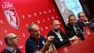Marcelo Bielsa fue presentado como nuevo técnico del Lille