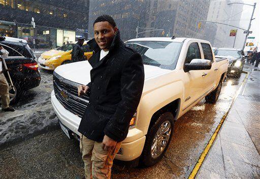 Al ganador, la recompensa: Smith se llevó esta hermosa camioneta (AP-NFL).