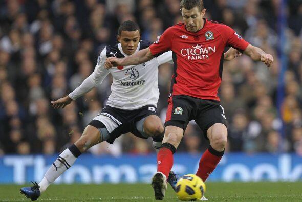Tottenham goleó al Blackburn Rovers por 4 a 2 y sigue con su buen...