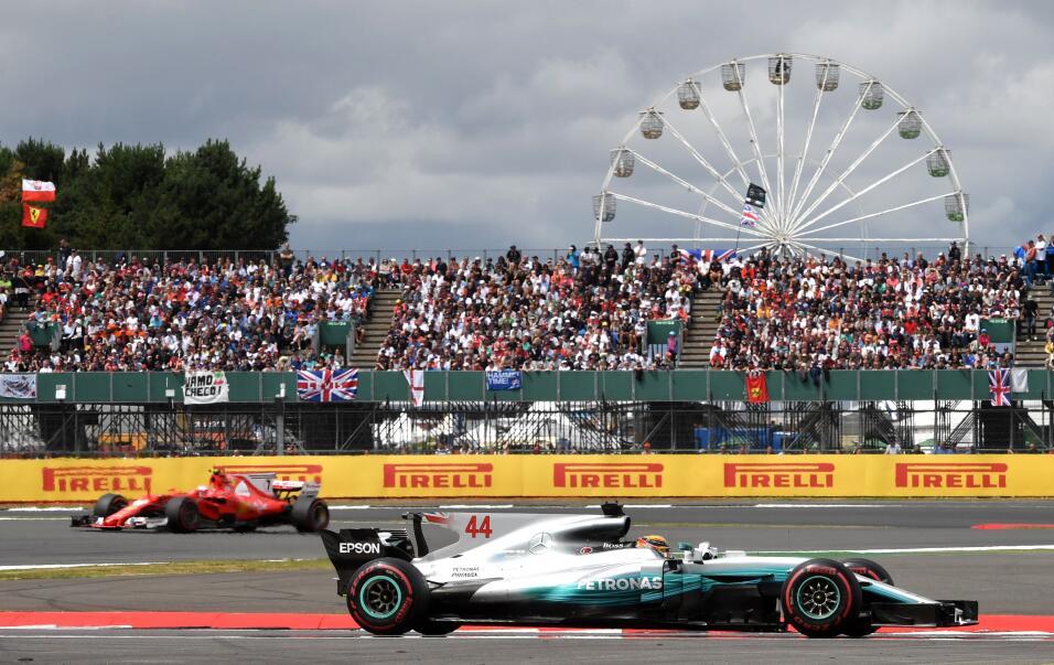 Lewis Hamilton gana por cuarta vez consecutiva el GP de Gran Bretaña Sil...