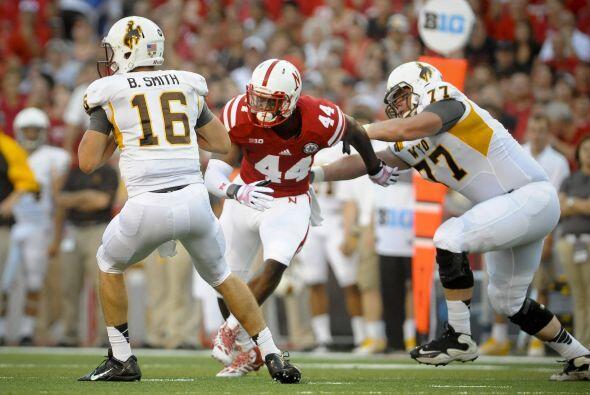 Randy Gregory, DE/LB, Nebraska(AP-NFL)