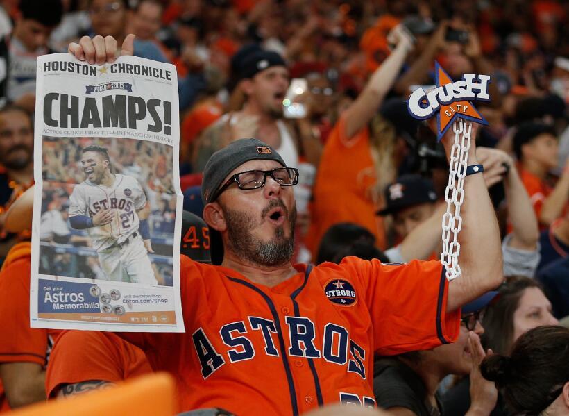Así fue el desfile de campeón de Houston Astros gettyimages-869209318.jpg