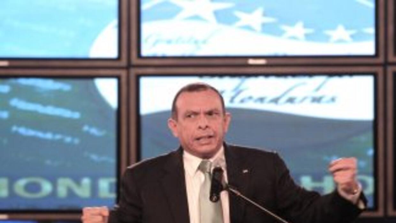 Porfirio Lobo, presidente de Honduras dijo que ha logrdado la reconcilia...
