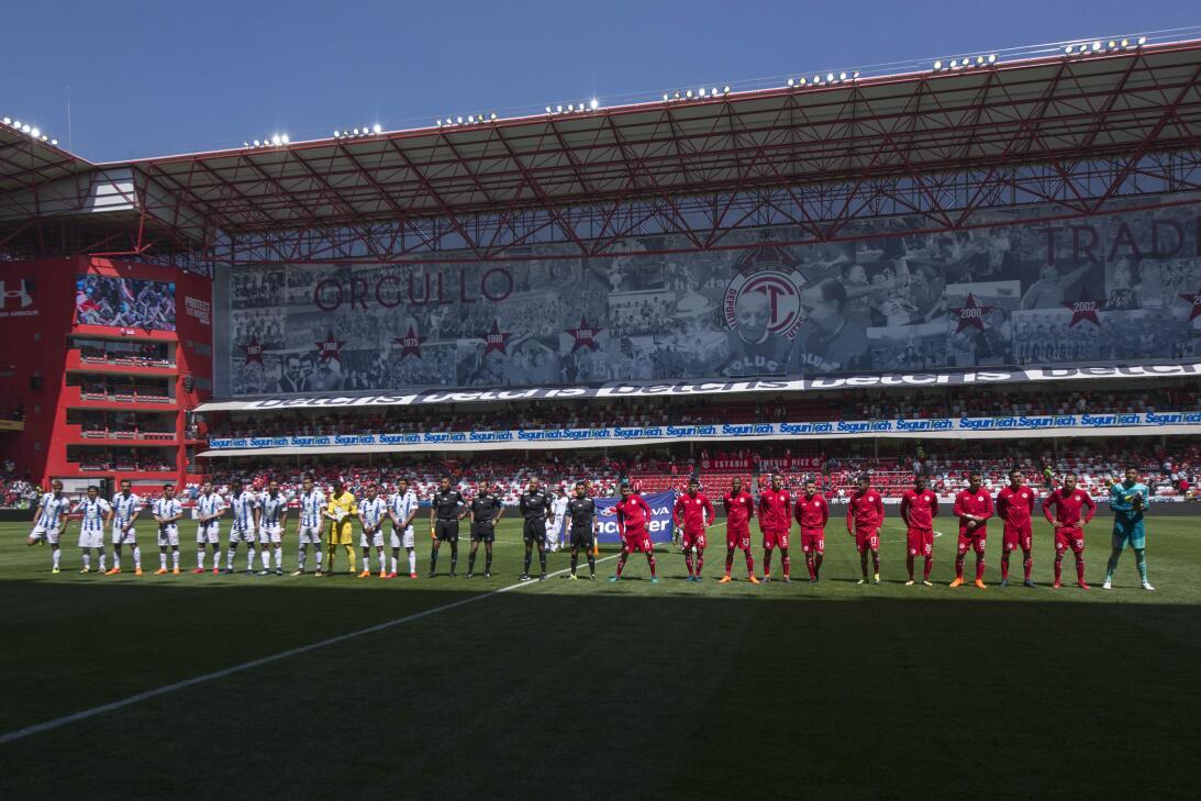 Estadio Nemesio Diez - Toluca 2-1 Pachuca: 23,128 espectadores
