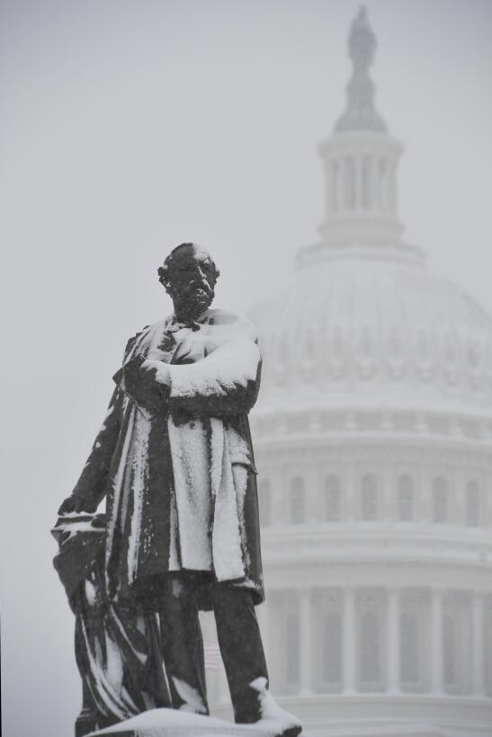 Alexander Graham Bell regresa en la presidencia de James A. Garfield (18...