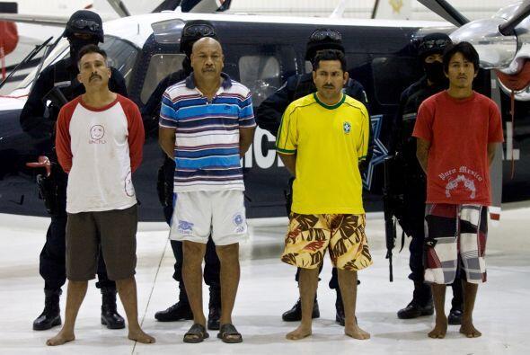 Un grupo dedicado al secuestro, aparecen en la fotografía durante...