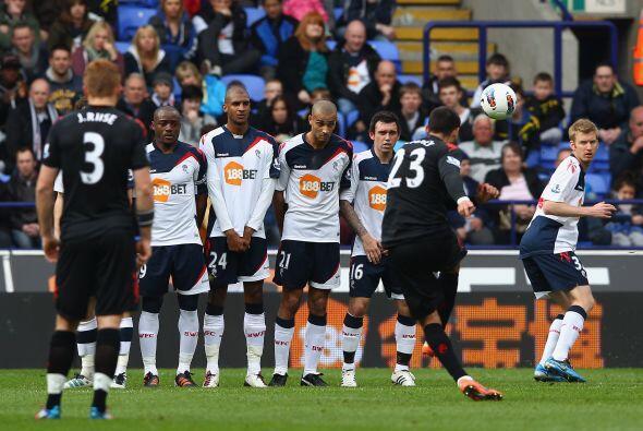 Clint Dempsey fue la gran figura del Fulham en la goleada.