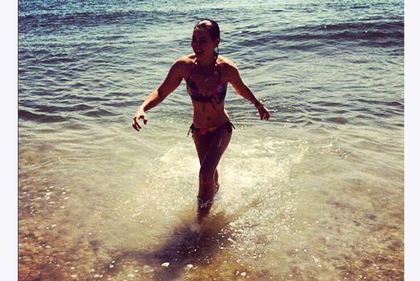 Thalía ya anda en los 40's pero su cuerpo es tan espectacular, que aún s...