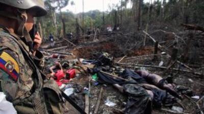 El ejército colombiano atacó campamento de las FARC en Ecuador, en marzo...