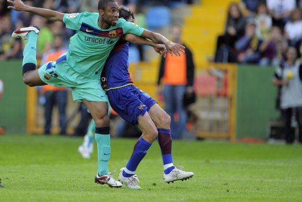 El volante de Mali fue asistido por Xavi y cabeceó el balón de forma per...