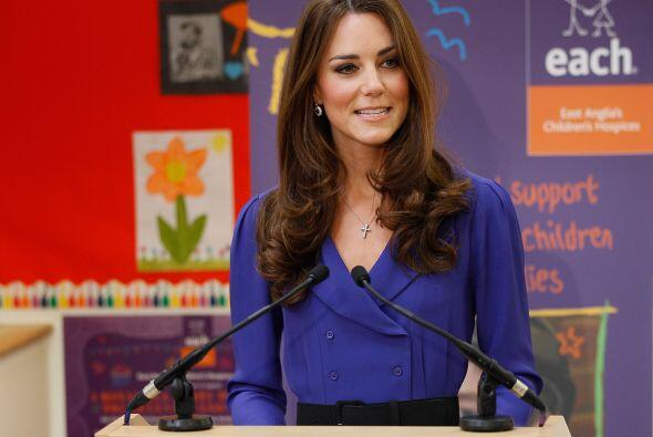 19 de marzo de 2012  La duquesa pronuncia su primer discurso en público...