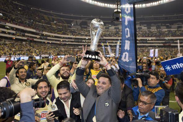 Por si fuera poco América es el vigente campeón del fútbol mexicano y em...