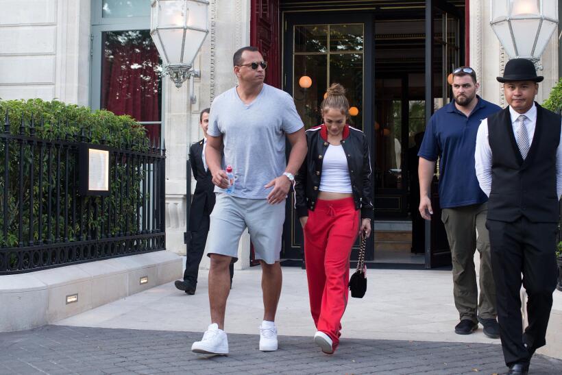 Jennifer Lopez Paris