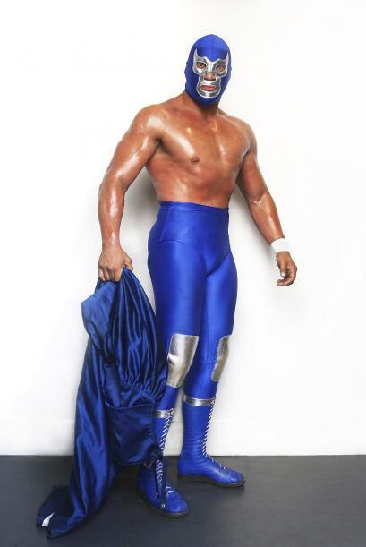 Blue Demon Jr, luchador profesional mexicano, nació en la Ciudad de Méxi...
