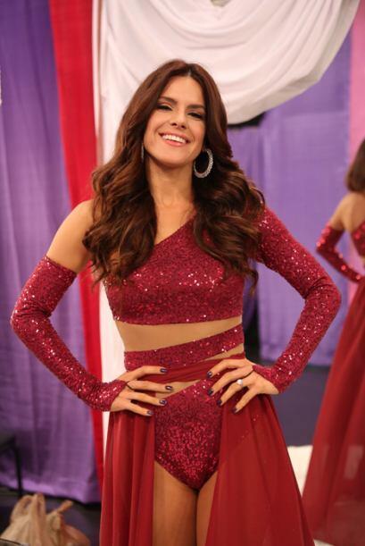 Verla bailar al lado de las seis reinas de Nuestra Belleza Latina será a...
