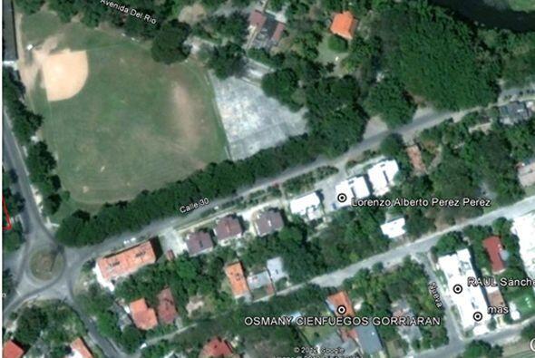 Vista aérea de la casa de Lorenzo Pérez Pérez.