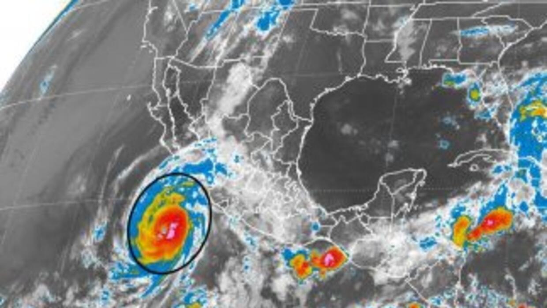 Imagen de satélite del Servicio Meteorológico Nacional del Huracán Blanca.