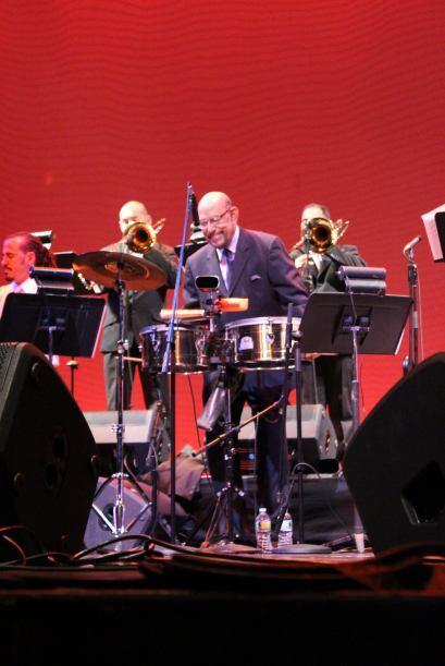 Tony Vega celebró sus 37 años de carrera musical en un concierto junto a...