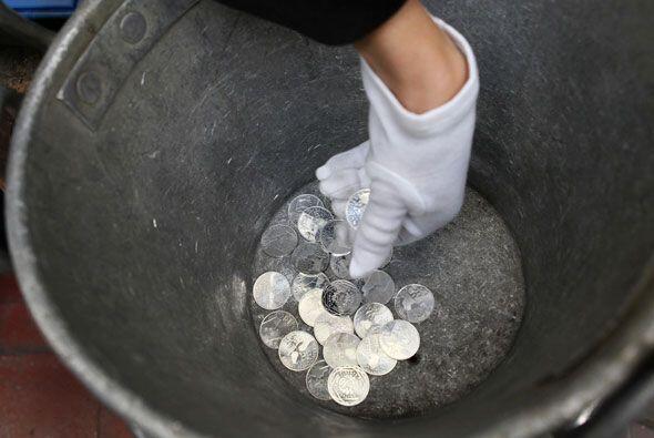 En aquel entonces se trató de monedas de 250 y 100 euros en monedas de o...