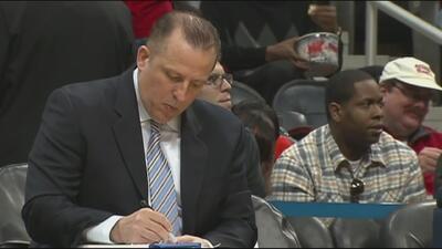 Los Chicago Bulls despiden a su entrenador