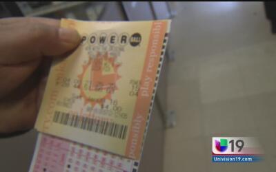 ¿Qué comprarías si te ganas los 700 millones del Powerball?