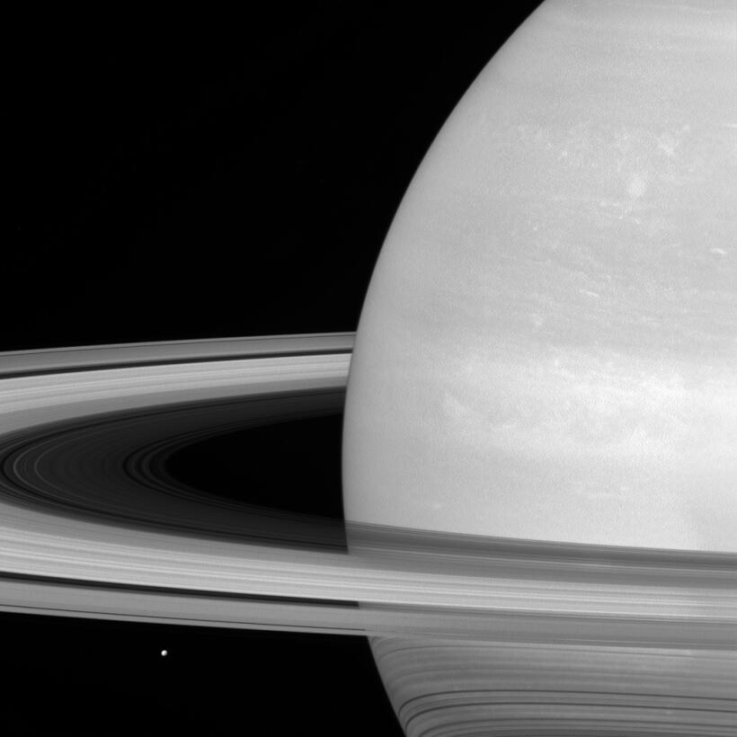 Mimas, luna de saturno