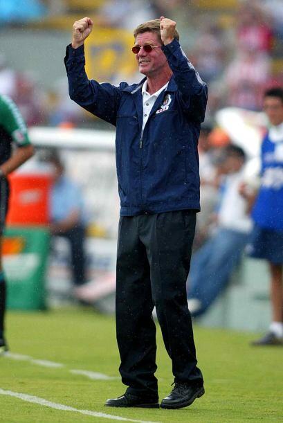 Hans Westerhoff  llegó a Chivas en 2003 luego de dirigir a equipos como...