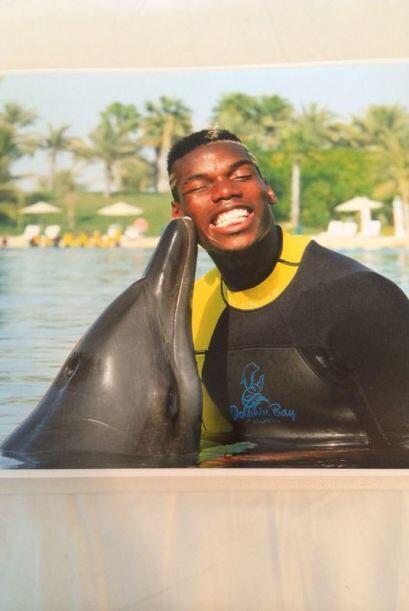 Paul Pogba de Francia subió a su cuenta de Twitter esta foto donde afirm...