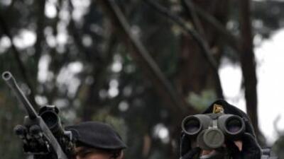 Francotiradores de la Policía de Colombia hacen parte del equipo respons...